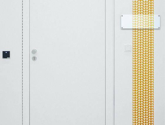 Desky z průhledného plexiskla bez potisku - frézované s otvory online tisk 1