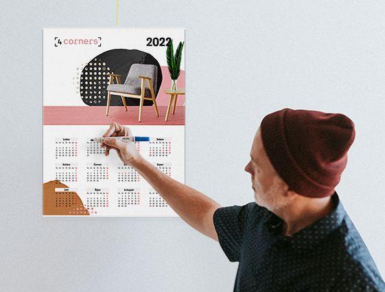 Nástěnný kalendář s lištou online tisk 1